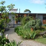 Фотографии отеля: Foottloose Beach House apartment, Portarlington