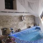 Hotel Pictures: Stratos ArtDeco House, Kalavasos
