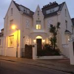 The Birdcage Bed and Breakfast,  Torquay