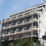Cavo D' Oro, Piraeus