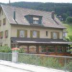 Hotel Pictures: Lüber's Bed & Breakfast, Grellingen