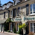 Hotel Pictures: Le Chene Pendragon, Saint-Léger-en-Yvelines