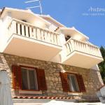 Apartments & Rooms Antonijela,  Bol