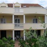 Villa Marica, Brodarica