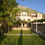 Apartments Deni,  Kotor