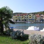Apartments Luna, Tisno