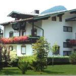 Fotos do Hotel: Haus Tyrolia, Kössen