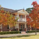 Foto Hotel: Plumes on the Green Boutique Bed & Breakfast, Tamworth