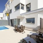 Hotel Pictures: Villa Cullera Infinity Pool, Cullera