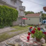 Apartments Serovic, Bijela