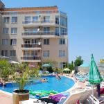 Balkan Breeze Two-bedroom Apartment, Sunny Beach