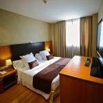 Hotel Pictures: HLG CityPark Sant Just, San Justo Desvern