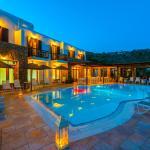 Paradision Hotel, Tourlos
