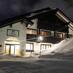 Snowlines Lodge Hakuba,  Hakuba