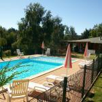 Hotel Pictures: VVF Villages Chaudes-Aigues, Chaudes-Aigues