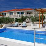 Holiday Homes Oliva,  Bol