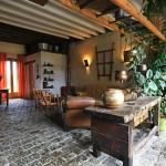 Hotel Pictures: La Ferme Modèle, Châtillon-la-Palud