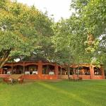 Hotel Pictures: Sanctuary Chobe Chilwero, Kasane
