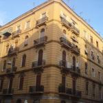 Cinquestelle, Naples