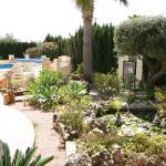 Hotel Pictures: Villa El Bosque, Moraira