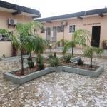 Hotel Pictures: Residence Zagou, Abidjan