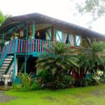 Hotel Pictures: Riverside Cabins & Houses, Cahuita