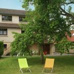 Hotel Pictures: Maison De Vacances - Fontenay-Sur-Eure, Fontenay-sur-Eure