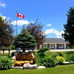 Hotel Pictures: Manitoulin Inn, Mindemoya