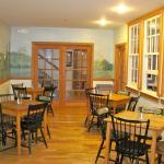 Oak Valley Inn and Suites, Geneseo