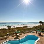 Emerald Towers by Panhandle Getaways, Destin