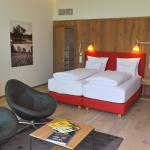 Hotellikuvia: Diamond Resort, Atzenbrugg