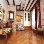 Capogrosso Palace, Split