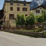 Hotel Pictures: Albergo Piz Cam, Vicosoprano