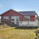 Two-Bedroom Holiday Home Anker 01, Nørre Lyngvig