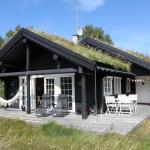 Three-Bedroom Holiday Home Post 08,  Østerby