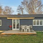 Three-Bedroom Holiday Home Solvangsvej 08, Melby