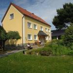 Hotel Pictures: Ferienwohnung Schmidt, Crostau