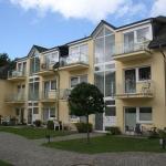 Hotel Pictures: Appartementanlage Eldena - FeWo 12, Lobbe