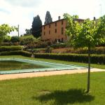 Hotel Pictures: Antico Casale Toscano, Montespertoli
