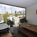 Sydney CBD Self-Contained One-Bedroom Apartment (208CR), Sydney