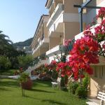 Paradise Hotel,  Samos