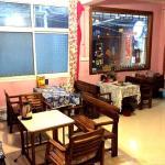 Fenghuang Bajie Youth Hostel