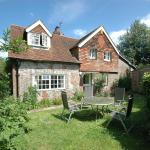 Hotel Pictures: Vane Cottage, Ringmer
