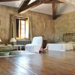 Hotel Pictures: Domaine De Marseillens, Carcassonne