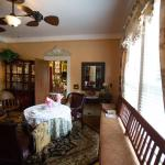 Bees B & B, Mount Airy