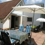 Hotel Pictures: Holiday home Cazaleres 1, Daumazan-sur-Arize