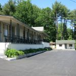 The Austin Inn,  Lake George