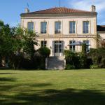 Hotel Pictures: Château de Grenier, Saint-Léger