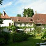 Hotel Pictures: BnB Château-Gottrau, Montagny-la-Ville