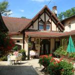 Hotel Pictures: Logis Doubs Rivage, Charette